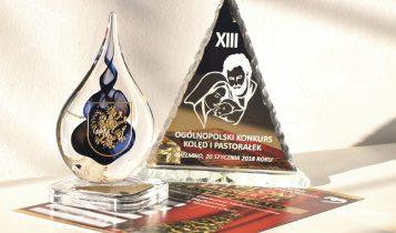 Nagroda przywieziona przez wejherowski chór z festiwalu w Chełmnie.