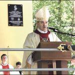 Podczas sumy odpustowej na Odpuście Trójcy Świętej w maju ubiegłego roku licznie zgromadzeni pielgrzymi wysłuchali homilii ks. biskupa Zbigniewa Zielińskiego.