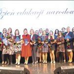 Nauczyciele, którzy otrzymali Nagrodę Prezydenta Wejherowa. Fot. Urząd Miejski