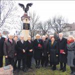 Pamiątkowe zdjęcie organizatorów i uczestników. Fot. Leszek Spigarski